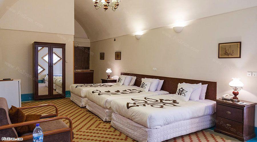 Dad Hotel Yazd Room Triple