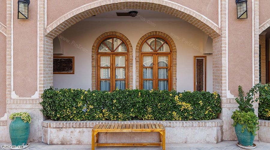 Dad Hotel Yazd Room Vindows