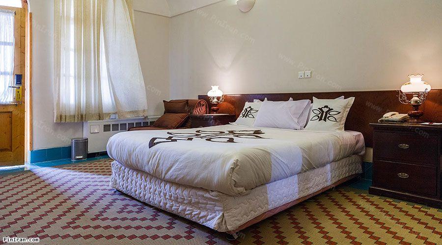 Dad Hotel Yazd Room