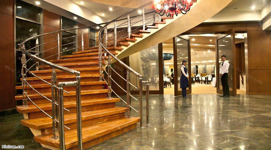 Grand Hotel Shiraz Lobby