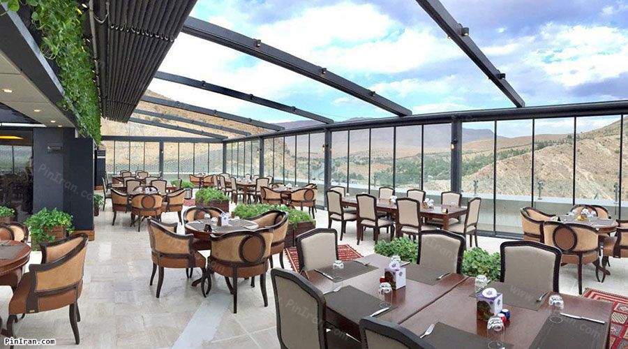 Grand Hotel Shiraz Restaurant Roof