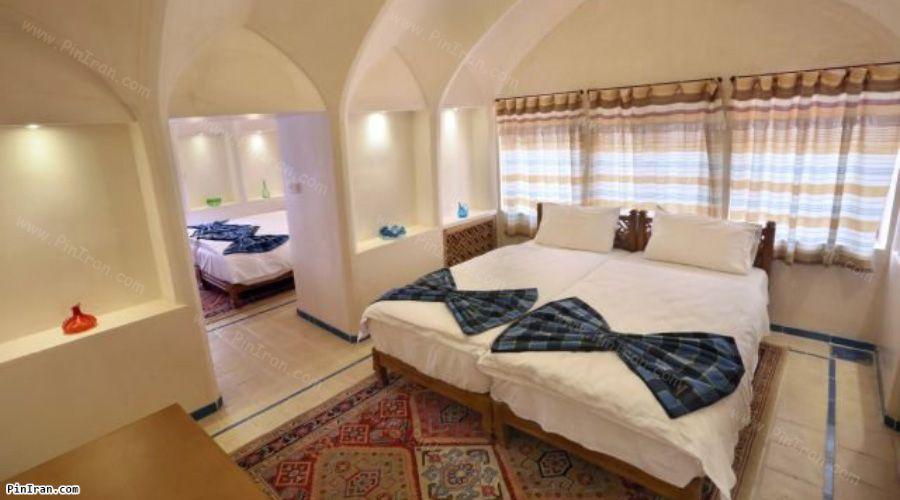 Mahinestan Raheb Hotel Kashan Room Quad