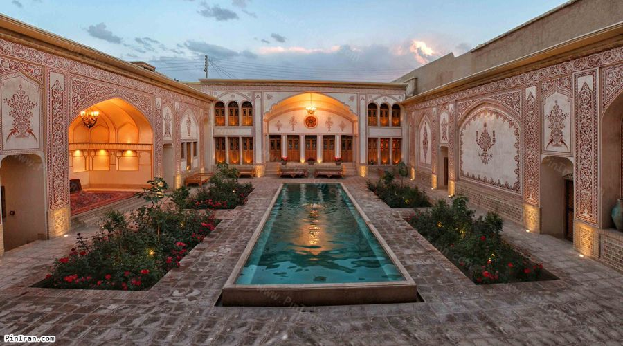 Mahinestan Raheb Hotel Kashan Yard