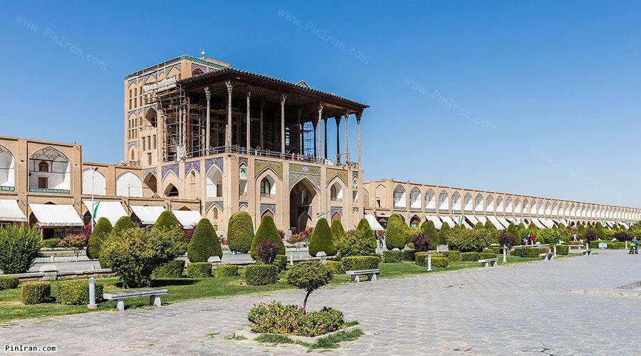 Aali Qapu Palace 1