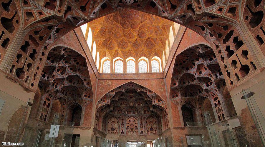 inside of Aali Qapu Palace