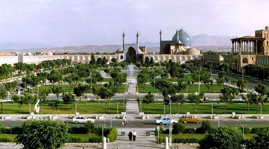 Naqsh Jahan Square 1
