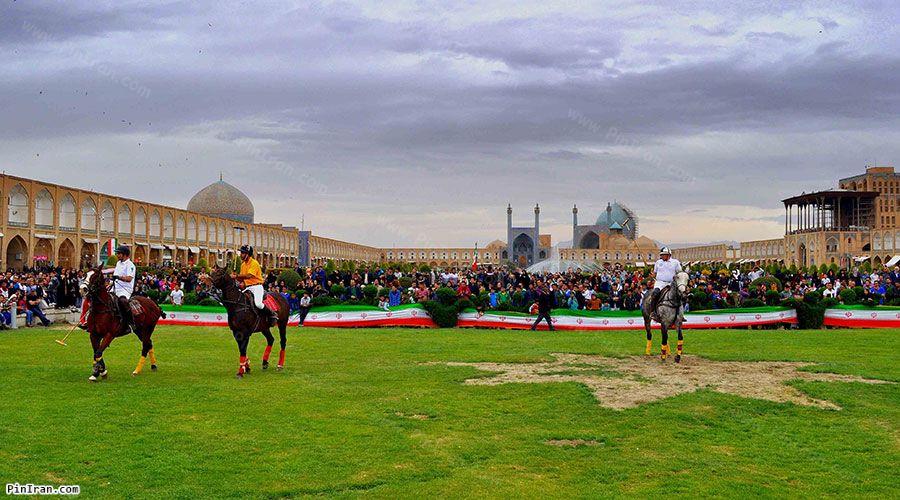 Naqsh Jahan Square 3