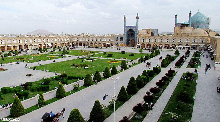 Naqsh Jahan Square 4