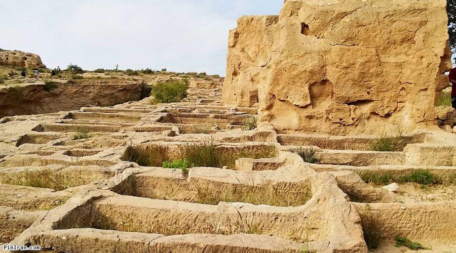 Siraf Ancient Graveyard 2